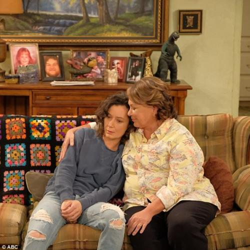 Roseanne (Sans Rosanne) Has The Green Light At Abc