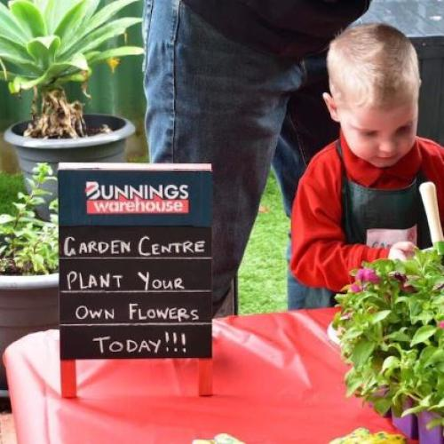 It Doesn't Get More Aussie Than This Kid's Bunnings Party