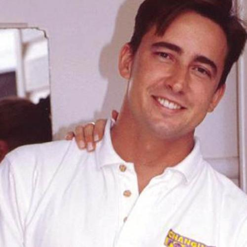 Familiar Face Named To Host Revamped Changing Rooms
