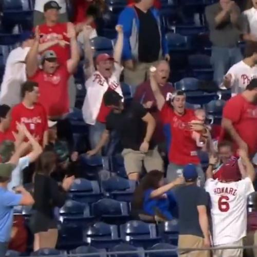 Dad Catches Home Run While Holding Baby, Wins Internet