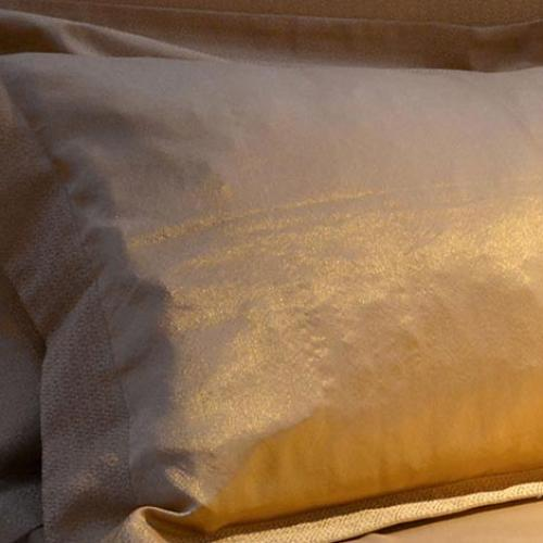 Sleep Like A King Or Queen On Actual Gold Sheets