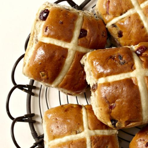 The Reason Why Woolies Is Already Selling Hot Cross Buns