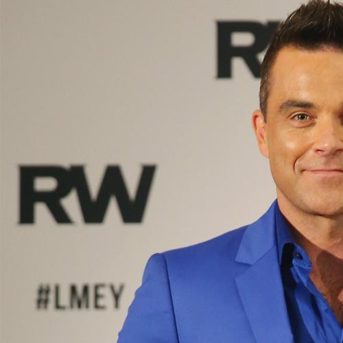 Robbie Williams Pays Tribute To David Bowie