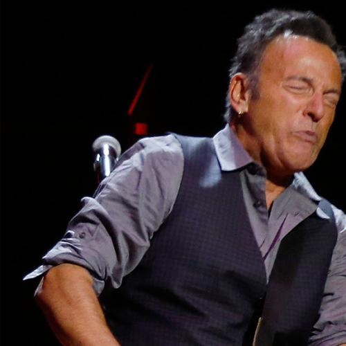 Springsteen Pays Tribute To Bowie