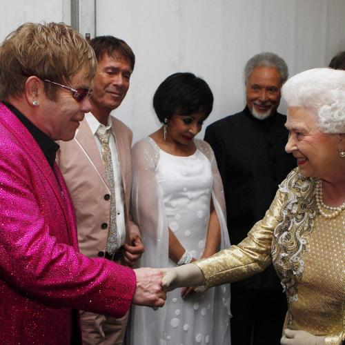 'I AM THE QUEEN' Elton John Lifts The Lid On The Queen's Discipline Techniques